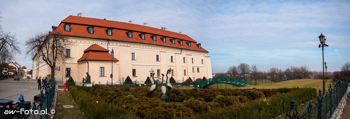 Zamek w Niepołomicach, ogrody Bony