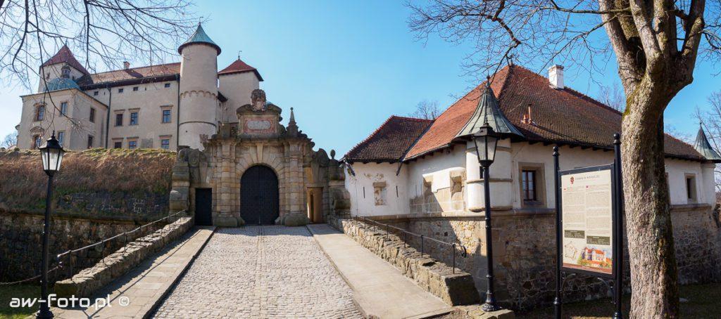 Zamek w Wiśniczu - brama