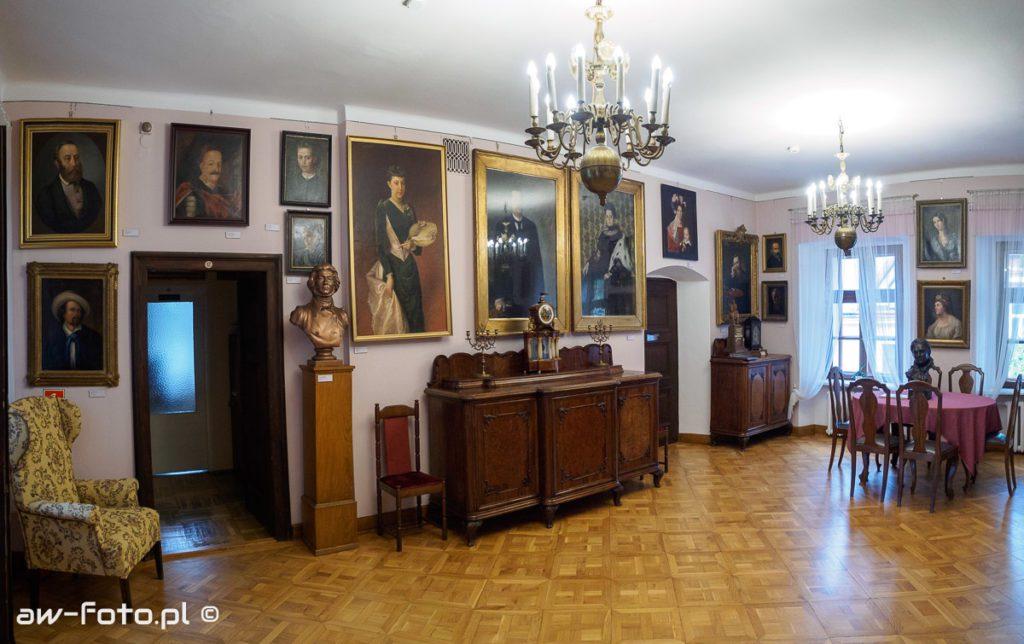 Muzeum im. Stanisława Fischera w Bochni - wystawa malarstwa XIX/XX w