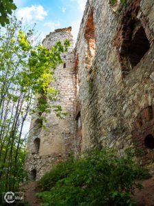 Zamek Tenczyn w Rudnie - ścieżka wokół zamku