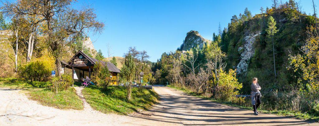 Rezerwat Biała Woda - wejście i widok na Czubatą