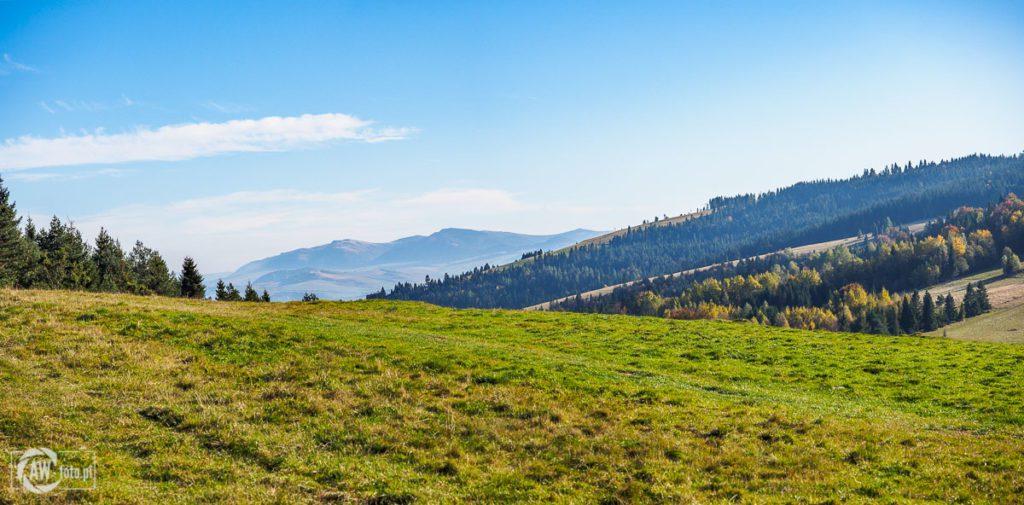 Widok z Przełęczy Rozdziela na Słowację