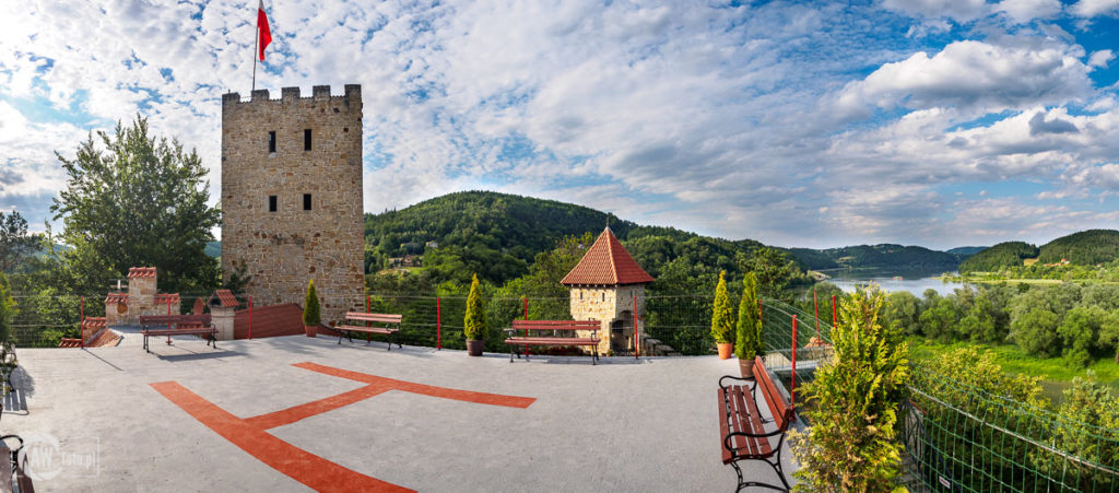 Zamek Tropsztyn - lądowisko dla helikopterów