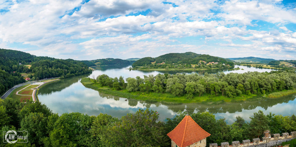 Zamek Tropsztyn - widok na JezioroZamek Tropsztyn - widok na Jezioro Czchowskie Tropie z wieży