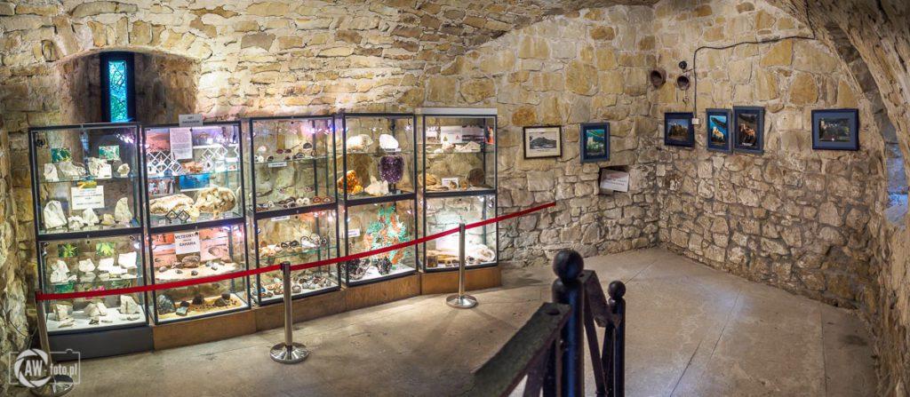 Zamek Tropsztyn - wystawa minerałów