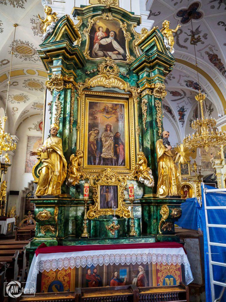 Bazylika św. Mikołaja w Bochni - ołtarz w nawie północnej