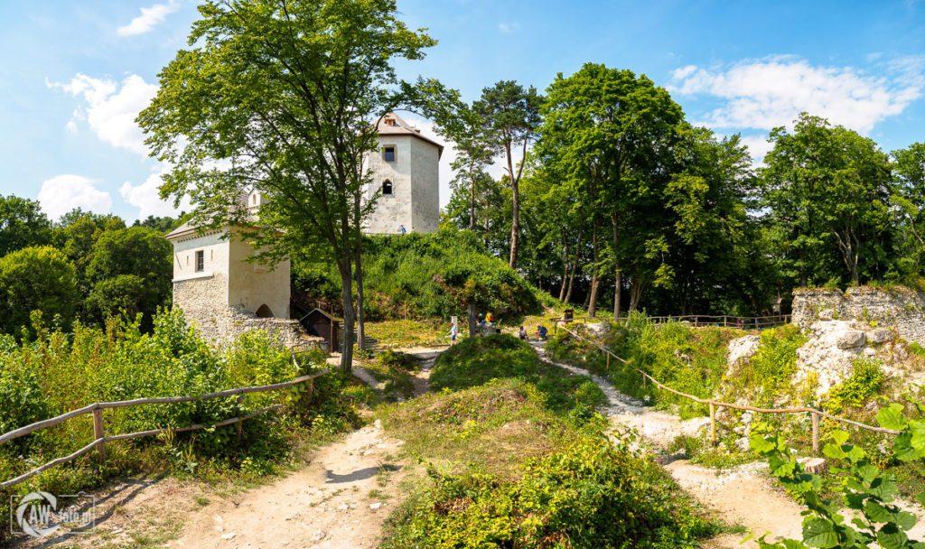 Ruiny zamku w Ojcowie - widok z wewnątrz