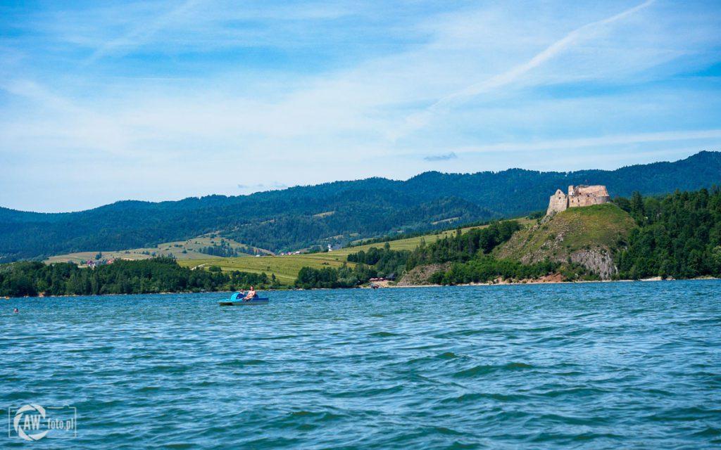 Jezioro Czorsztyńskie - widok na zamek w Czorsztynie