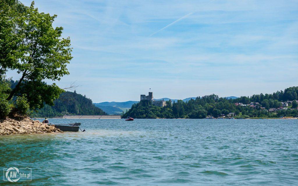Jezioro Czorsztyńskie - widok na zamek w Niedzicy i zaporę