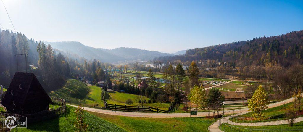 Panorama na Park zdrojowy Zapopradzie w Muszynie z Ogrodów Sensorycznych