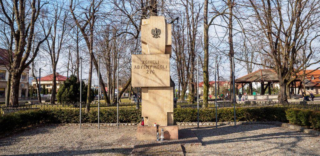 Pomnik ofiar II Wojny Światowej w Niepołomicach