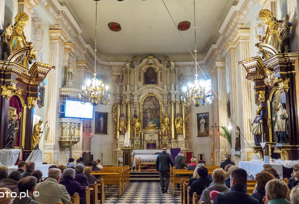 Kościół Bożogrobców pw. Narodzenia św. Jana Chrzciciela w Chełmie - wnętrze